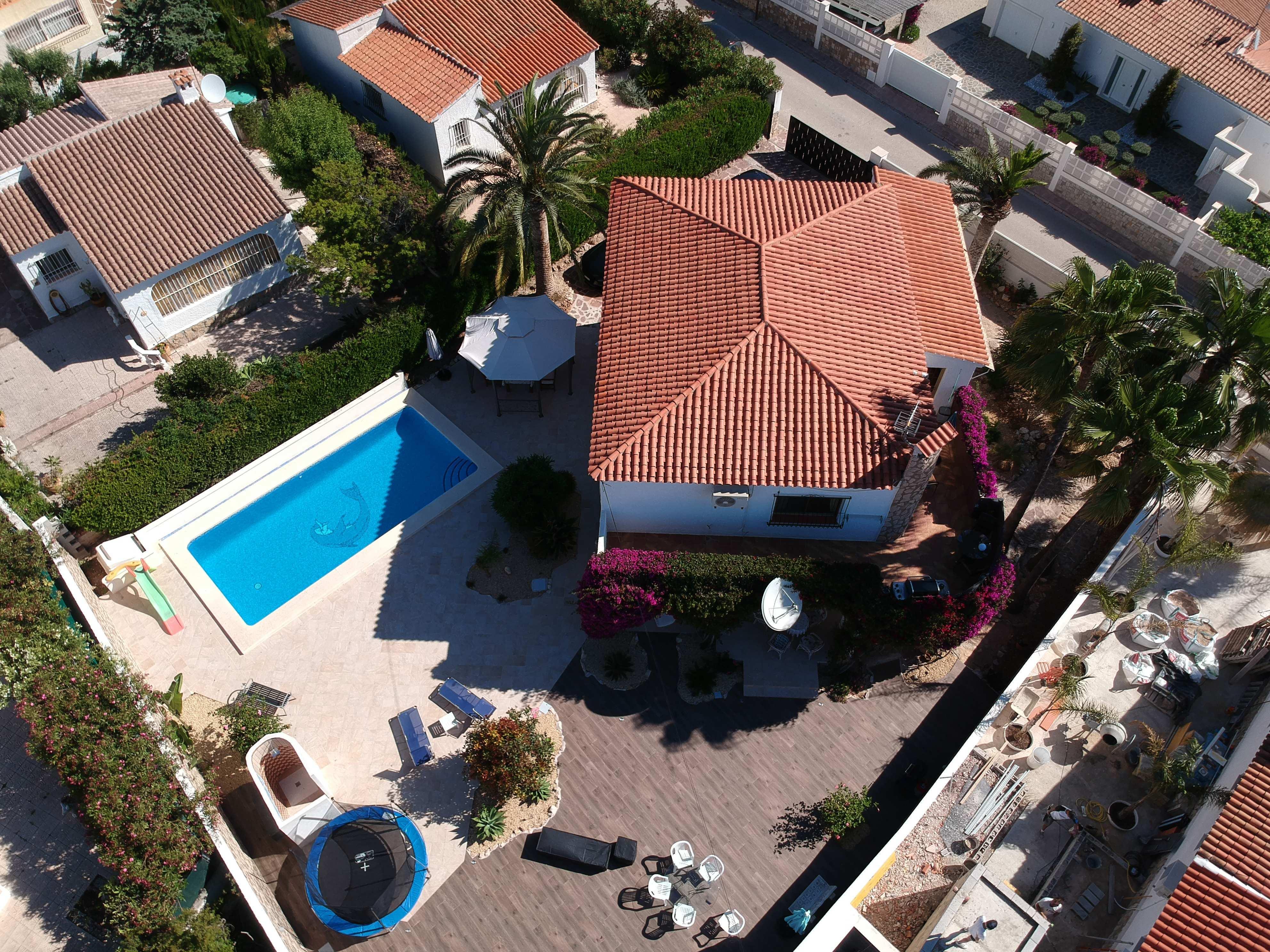 Espaciosa villa con vista al mar en venta en Calpe